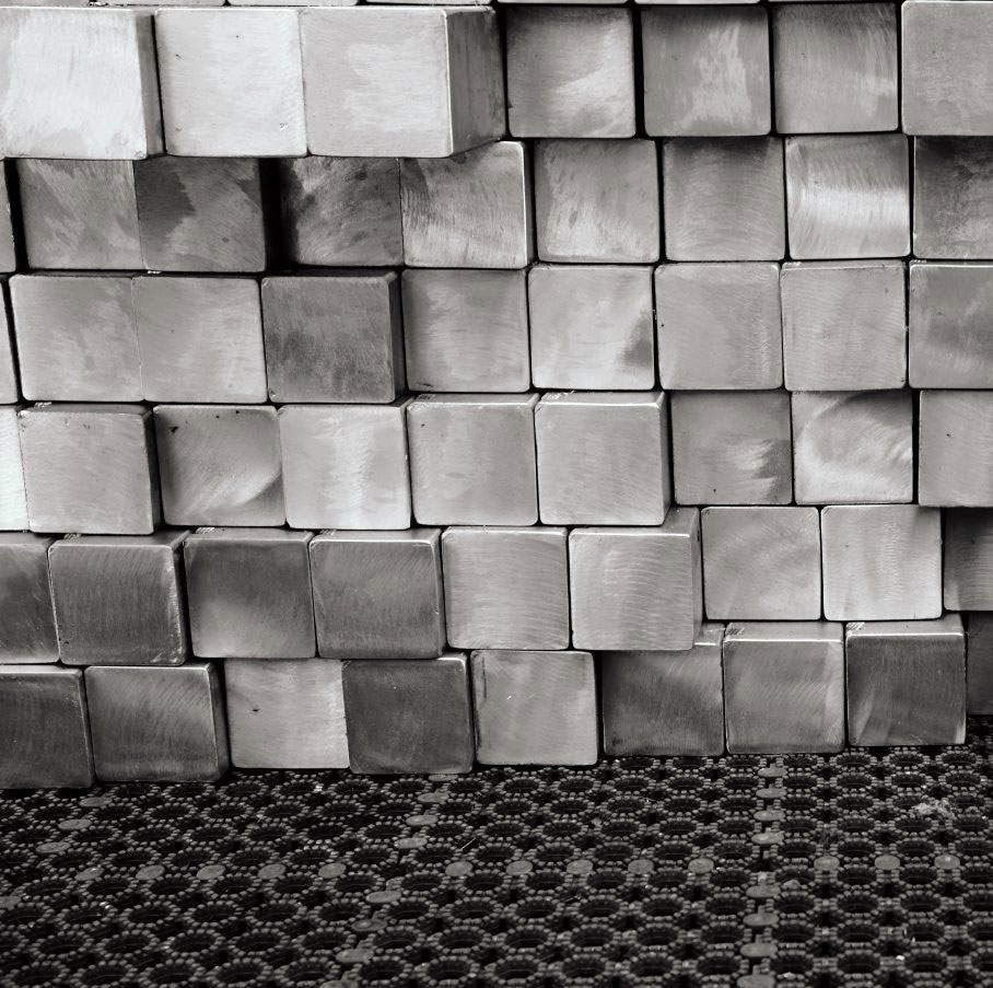 Купить квадрат стальной - металлобаза «Профметалл», Санкт-Петербург